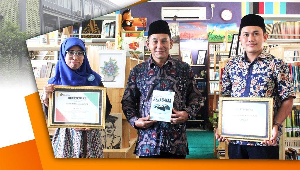 Guru MAN 3 Jombang Juara Lomba Bibliobattle